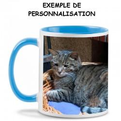 Mug à personnaliser en céramique avec anse et intérieur colorés en bleu